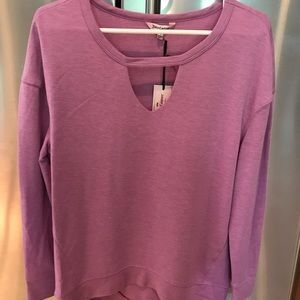 Lilac/orchid colored comfy top